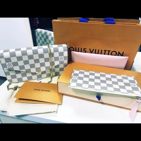 Louis Vuitton Monogram Pochette Felicie Bag